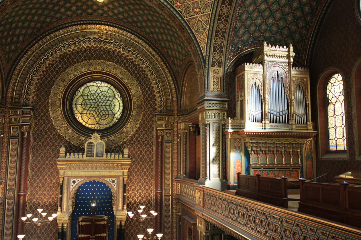 Soft light illuminates the synagogue